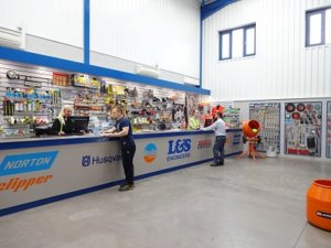plant-hire-specialist-benefits-from-orderwise-expertise